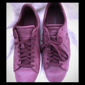 Converse burgundy all leather sneakers